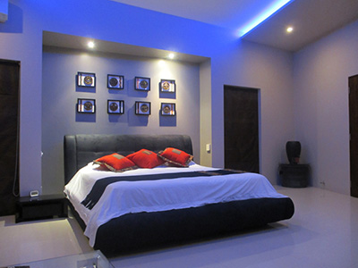 Futronix PFX lighting controller operates the lights in a master bedroom in a luxury residence.