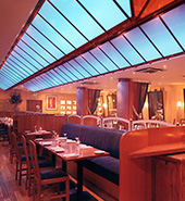 Futronix lighting controls create flexible restaurant ambience