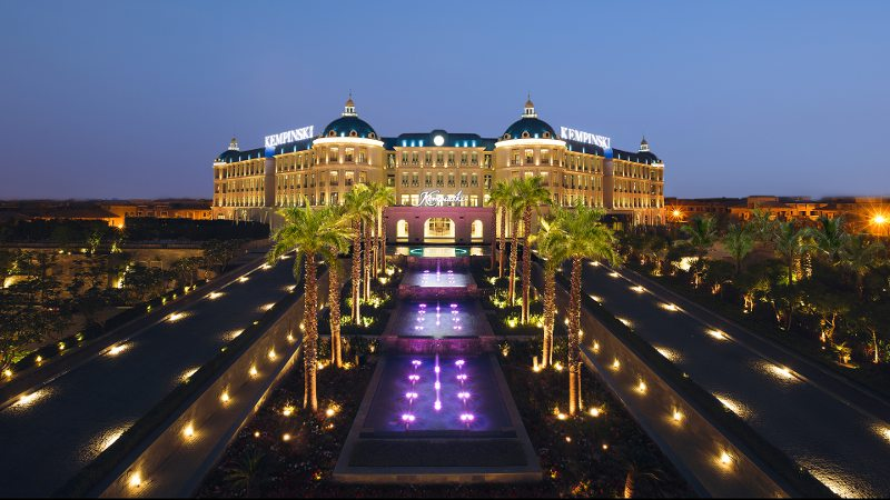 Futronix lighting controls operate the exterior lamps when the Sunsets at the Royal Maxim Palace, Kempinski.